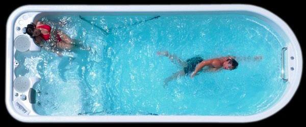 Swim spa con jets para la natación estática